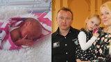 """Po narození vážila jen 1145 gramů. """"Takhle malinkatá jsem byla!"""" říká Rozárka (5)"""