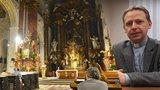 Pražské kostely nejsou poloprázdné, tvrdí kněz Němeček. Kam v metropoli na bohoslužbu?
