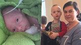 Dagmar málem přišla o život, nedonošeného syna s lékaři vypiplala: Když se narodil, vešel se do dlaně