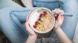 """Zapomeňte na """"superpotraviny"""". S hubnutím vám pomůže to, co už máte v lednici"""