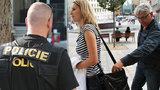 Jak pomáhali a chránili v roce 2018? Pražští policisté řešili méně krádeží, více úmrtí