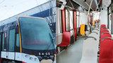 """Poslední tramvaj 15T: Nejprve si """"odkroutí zkušebku"""", poté začne vozit pasažéry"""