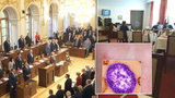 Spalničky ve Sněmovně a čtyři lidé v karanténě: Poslanci dostali vážné varování