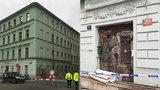Podezření Prahy 1: Záměrné ničení domu? V ruině budovy, ze které spadla římsa, pracovali s falešným povolením