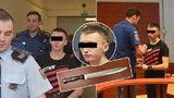 Brutální rozchod pečetil Dominik 17 ranami nožem: Před soudem však slzy neproléval