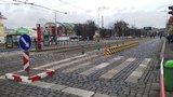 Konec nebezpečného přebíhání silnice u Výstaviště. Vznikl nový koridor pro chodce
