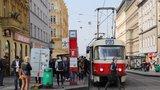 Co Pražanům u tramvají schází? Chtějí zpátky cinkání, ukázala nová kampaň