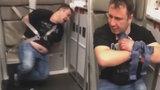 Opilý lékař chtěl za letu otevřít nouzový východ! Svázali ho bezpečnostními pásy