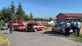 Výbuch ve Všechromech u Prahy! Dělník se popálil na 80 procentech těla, letěl pro něj vrtulník