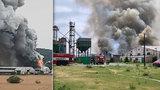 Mohutný požár v Tursku likvidovali hasiči 27 hodin. Vznikl po samovznícení baterií