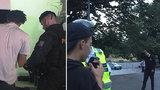 Policisté dál pátrají po gangu z Letné: V pátek zasáhli u metronomu