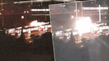 VIDEO: Rány a ohňostroj jisker! V Řepích hořel pantograf, přepálená trolej se zřítila na tramvaj