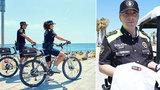 Nudisté se stali terčem zlodějů: Zoufalým naháčům pomáhá policie