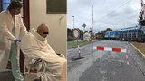 """Týden od srážky vlaku a kamionu v Uhříněvsi: Na """"prokletý"""" přejezd se vrací provoz"""
