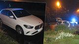 Podnapilého cizince vyhmátli policisté za volantem kradeného vozu: Vezl pohřešované dítě