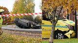 Ozbrojený muž ukradl sanitku, najížděl do lidí a zranil i děti. V Oslu řádila i žena