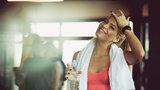 'Trapasy ve fitku: 8 nejčastějších chyb, které můžete v posilovně udělat'