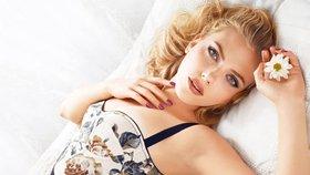 Jak se stará o pleť Scarlett Johansson či padesátnice Kim Cattrall?