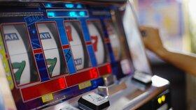 Plošný zákaz hracích automatů v Praze: Magistrát je pro, ale radnice mají výhrady