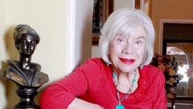 V Česku jsou stovky stoletých a starších lidí. Za 50 let jich budou tisíce