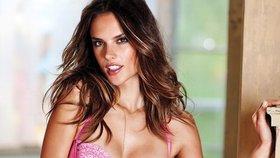 Topmodelka Ambrosio slaví Kristova léta: Podívejte se na její nejvíce sexy fotky!
