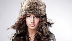 Krásné vlasy i v zimě: Noste čepici a používejte masky
