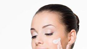 Začněte používat bázi pod make-up