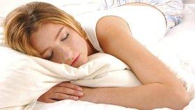 7 problémů s pletí, které můžete vyřešit doslova přes noc