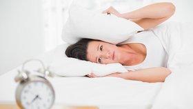 Ranní ptáče dál doskáče: 11 rad, jak být odpočatí, čilí a brzy vstávat