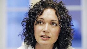 Laura Janáčková: Sex snižuje napětí, osamělým vřele doporučuju masturbaci