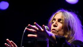 Patti Smith, která bojovala za propuštění Magora Jirouse zvězení, k nám přiveze Horses