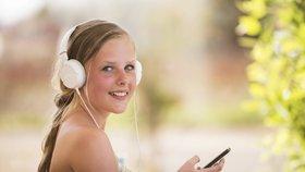 Poslouchejte hudbu, vyrábějte filmy, zabavte děti: Šikovné mobilní aplikace na cesty