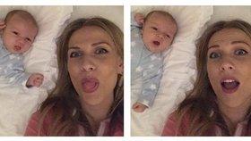 Jaká máma, takový syn: Ochotská už Andrého naučila vyplazovat jazyk!