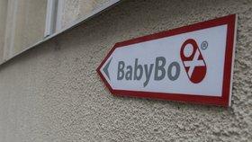 Novorozeného Gabriela našli v brněnském babyboxu: Může za to koronavirus, naznačil Hess
