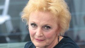 Herečka Regina Rázlová (69): Embolie plic! Bleskový převoz do nemocnice