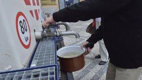 Tady voda nepoteče: Denní odstávky potkají Hlubočepy, Šestajovice, Vysočany i centrum