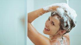 Letní SOS pro každý typ vlasů: Vyzkoušely jsme, jaké produkty skutečně fungují