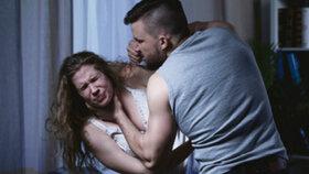 Muž roky týral svou přítelkyni: Kriminalisté s ním neměli slitování!