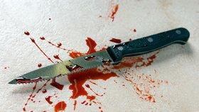 Muž se poškrábal v rozkroku, muslim mu za to pobodal ženu a tři dcerky