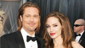 Brad a Angelina se rozvádějí! Jaký byl příběh jejich lásky a na čem ztroskotala?