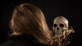 Osudové prokletí: Škodí nám mágové, nebo si kletby přivoláváme sami?