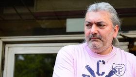 Zadlužený a nemocný Hůlka: Slinivka opět udeřila! Připravila ho o 50 tisíc