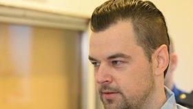 Toaleťák, šokující odposlechy a sestra špionka: Nová fakta v případu Kramný