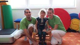 Karolínka (5) má syndrom šťastného dítěte: Jen se usmívá, ale nemluví