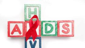 HIV pozitivního Petra viní ze šíření nemoci. Je to hon na čarodějnice, tvrdí