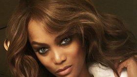 Modelka Tyra Banks se dočkala dítěte: Syna jí porodila náhradní matka!