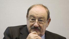Zemřel spisovatel Umberto Eco, autora románu Jméno růže zabila rakovina