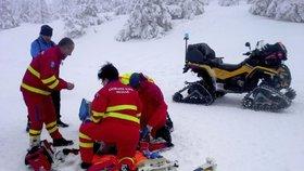 V Jeseníkách zemřel běžkař: Zkolaboval ve stopě
