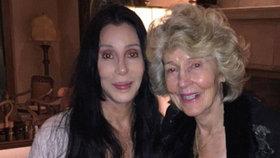 Bude nám 70 a 90 let: Cher se pochlubila čilou maminkou