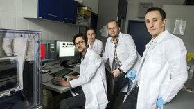 Čeští vědci překvapili svět. Zjistili, proč se rakovina pacientům vrací